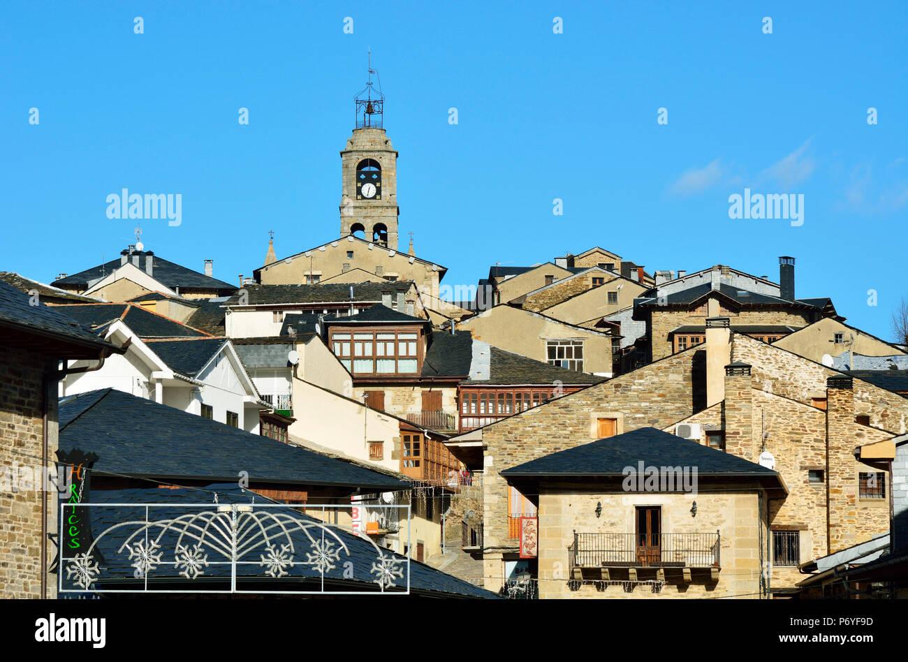 The medieval village of Puebla de Sanabria. Castilla y Leon, Spain - Stock Image