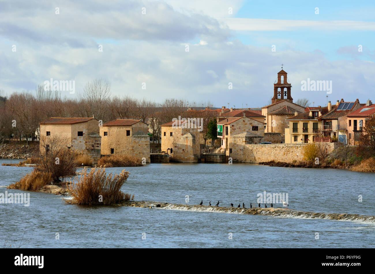 The watermills of Zamora along the Douro river. Castilla y Leon, Spain - Stock Image