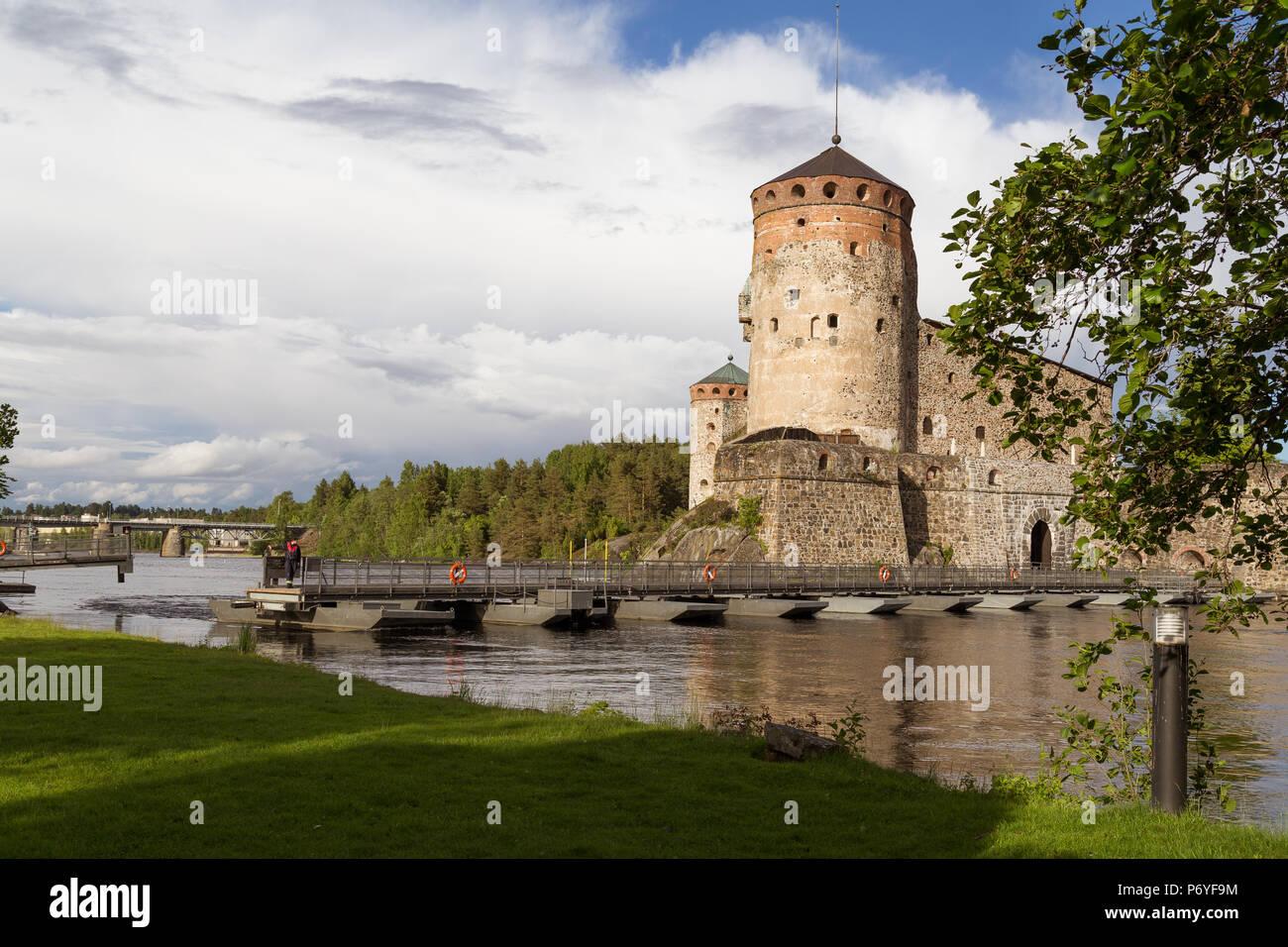 Savon linna caste and moving bridge on summery day - Stock Image