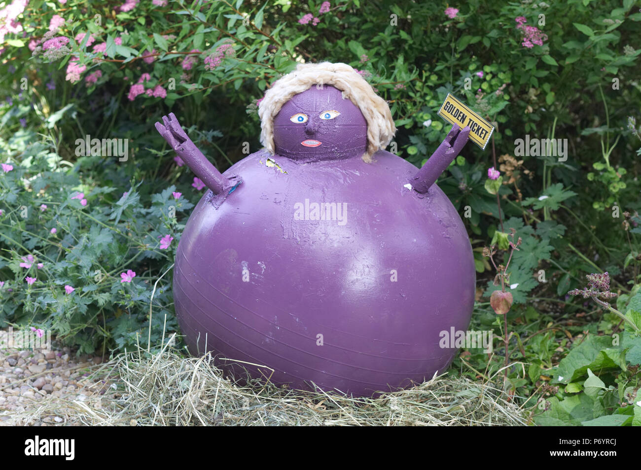 violet beauregarde as a giant blueberry charlie and the chocolate