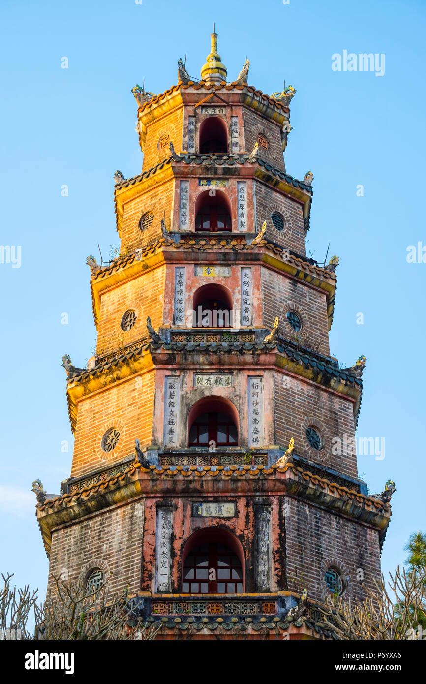 Thien Mu Pagoda (Chua Thien Mu), Hue, Thua Thien-Hue Province, Vietnam - Stock Image