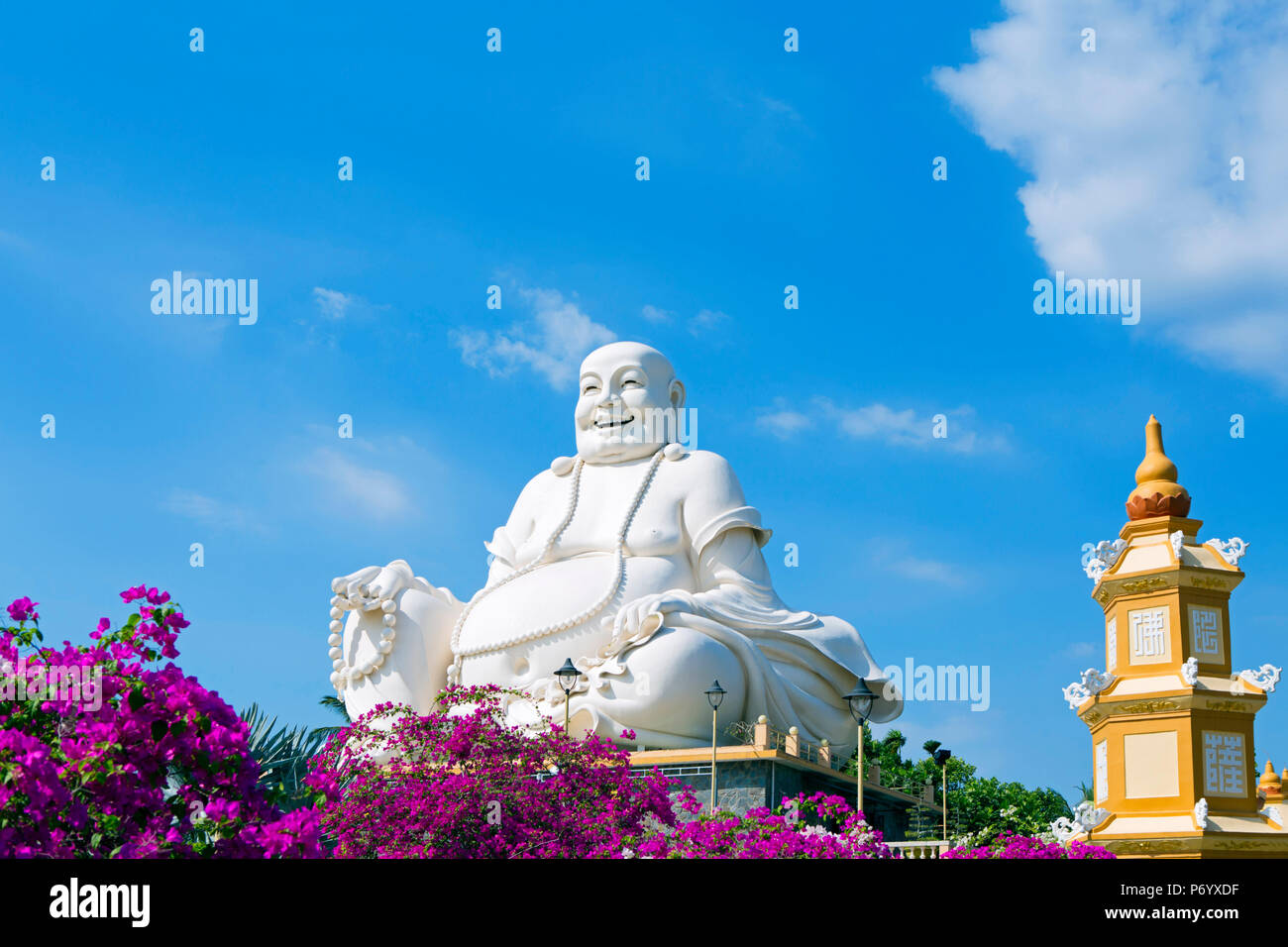 Asia, South East Asia, Vietnam, Mekong Delta, My Tho, Vinh Trang, Buddhist temple - Stock Image