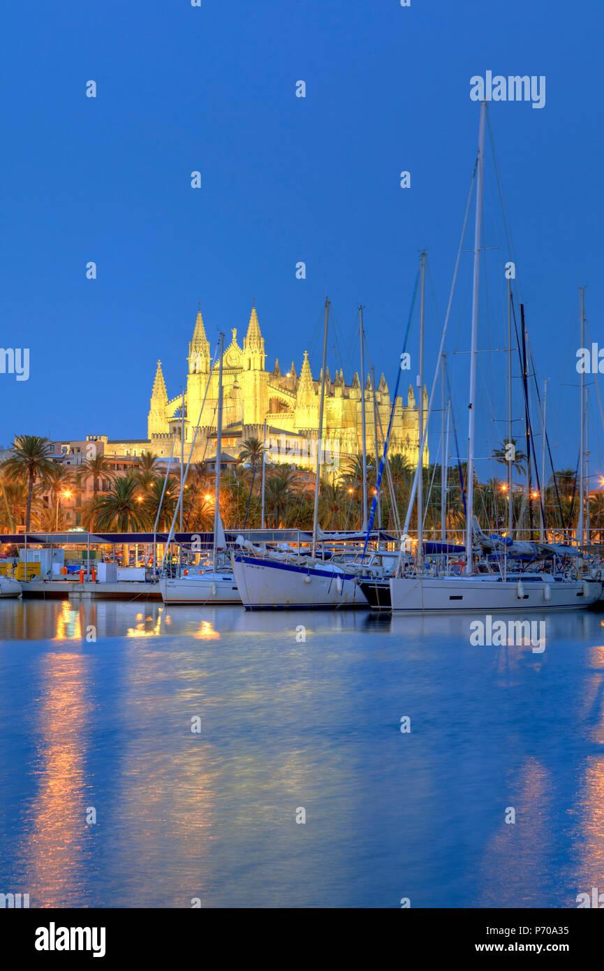 Spain, Balearic Islands, Mallorca, Palma de Mallorca, Cathedral - Stock Image