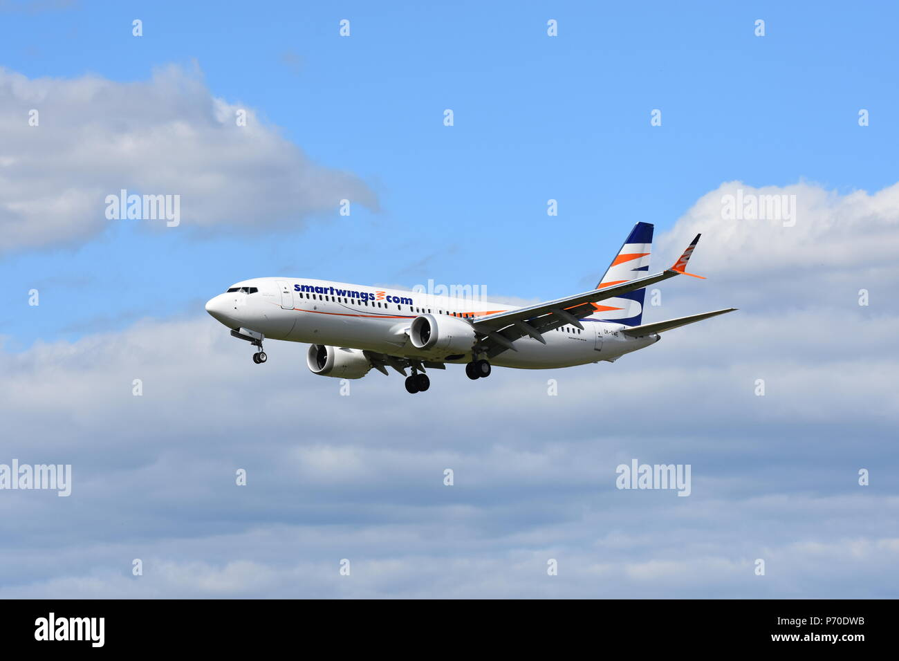 Boeing B737 departs from Pardubice, plane, Smartwings - Stock Image