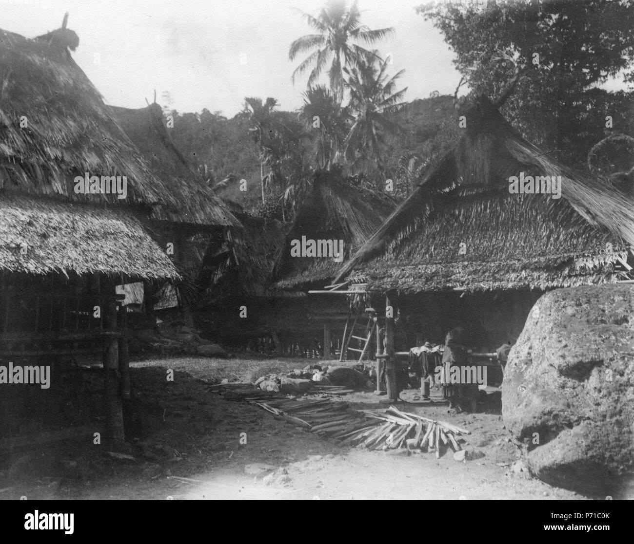 7 Byn Mataoee, en mycket gammal by. Mataoee. Indonesien - SMVK - 000274 - Stock Image