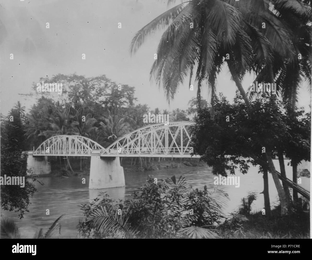 42 Modern landsvägsbro. Sulawesi. Indonesien - SMVK - 000259 - Stock Image