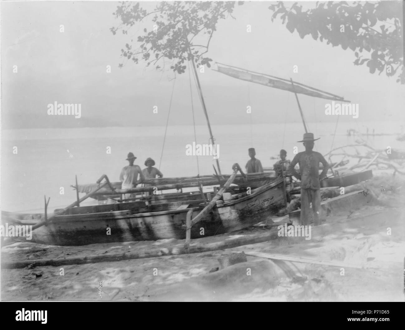 7 Båtar vid stranden. Sulawesi. Indonesien - SMVK - 000308 - Stock Image