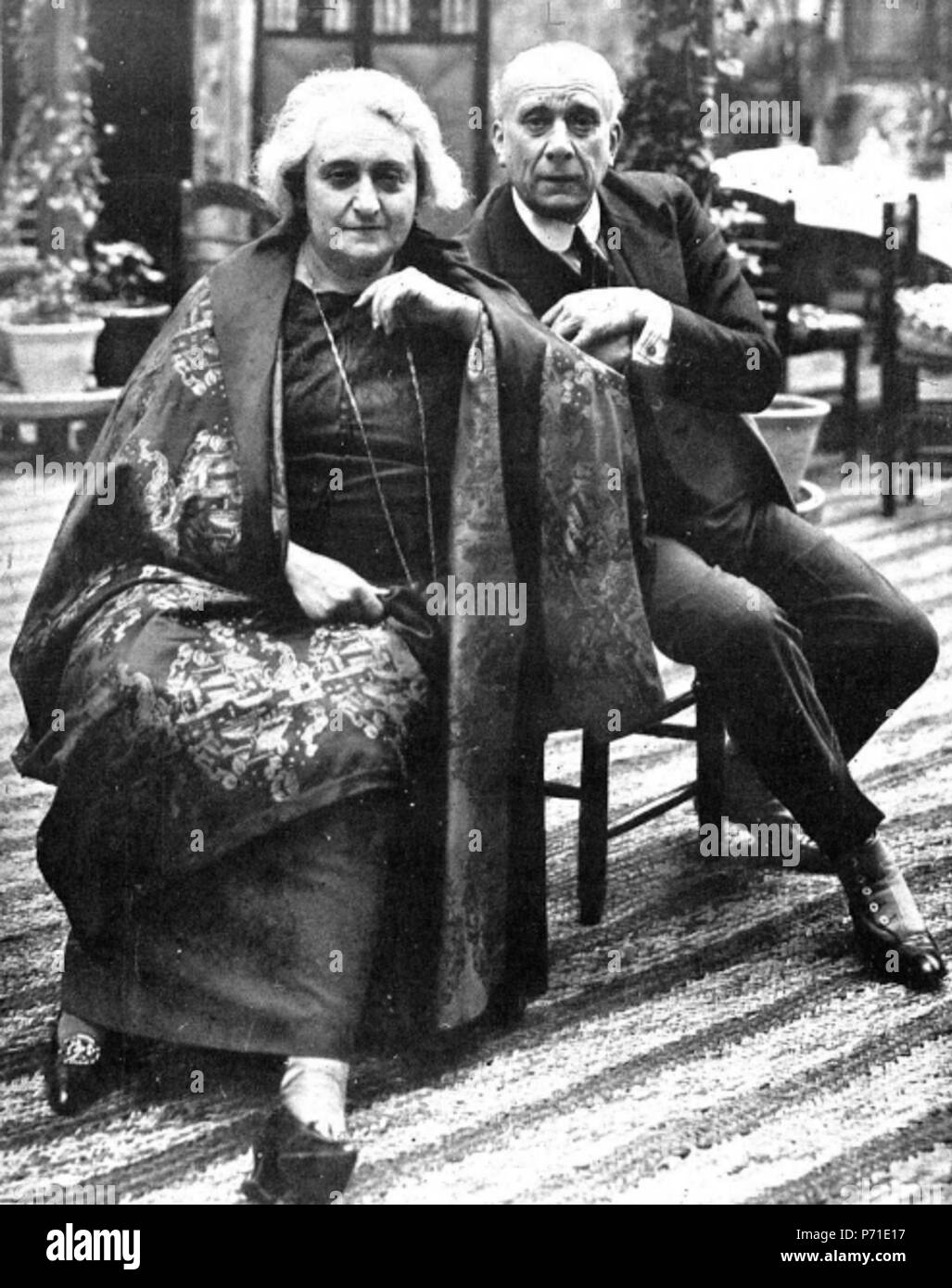 english spanish actress maria guerrero and her husband actor