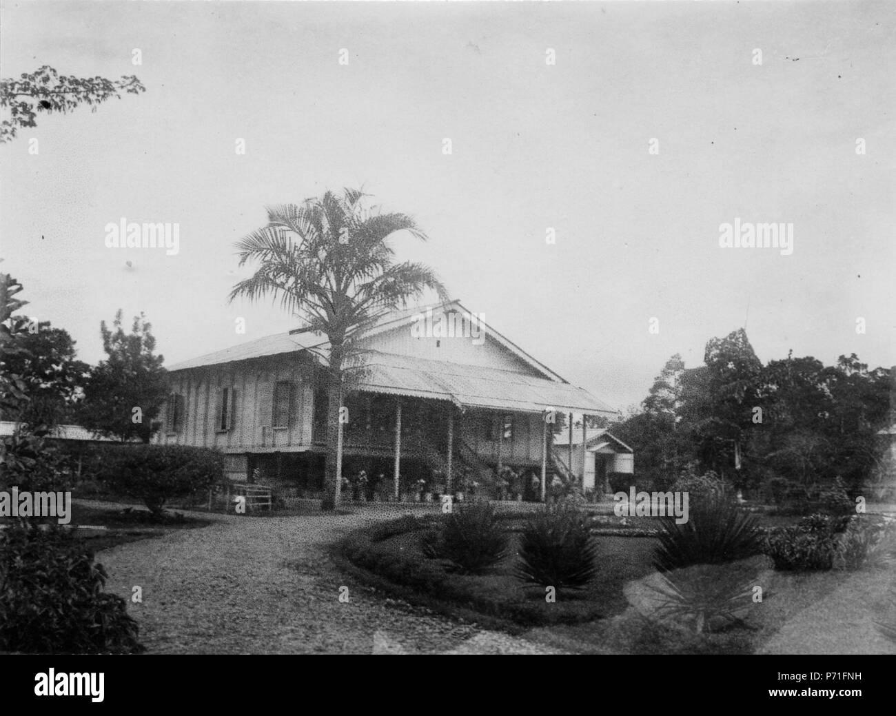 37 Kontrollörsbostaden. Kabupaten Bolaang Mongondow, Sulawesi. Indonesien - SMVK - 010683c - Stock Image