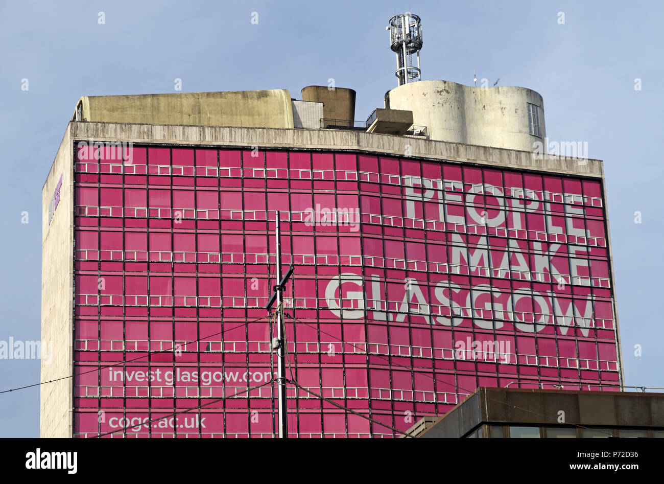 People Make Glasgow in pink, Glasgow City Brand, Strathclyde University, Met Tower, city centre, Scotland, UK Stock Photo