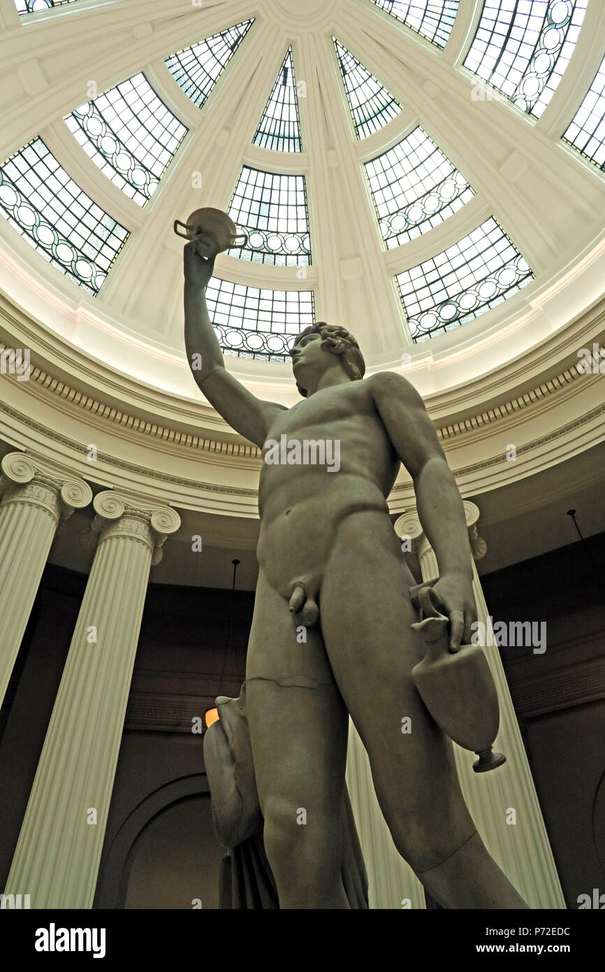 Antinous,Statue, Lady Lever Art Gallery, Port Sunlight Village, Lower Rd, Bebington, Wirral, North West England, UK,  CH62 5EQ - Stock Image