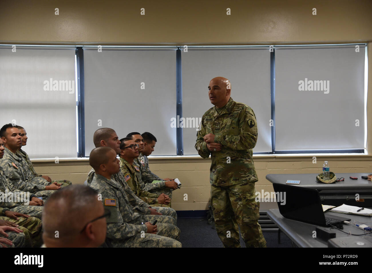 U.S. Army Reserve Soldiers assigned to the 246th Quartermaster Company (Mortuary Affairs) are in the midst of their pre-mobilization training and received a visit from both the 1st Mission Support Command commanding general and command sergeant major May 11-13. - Stock Image