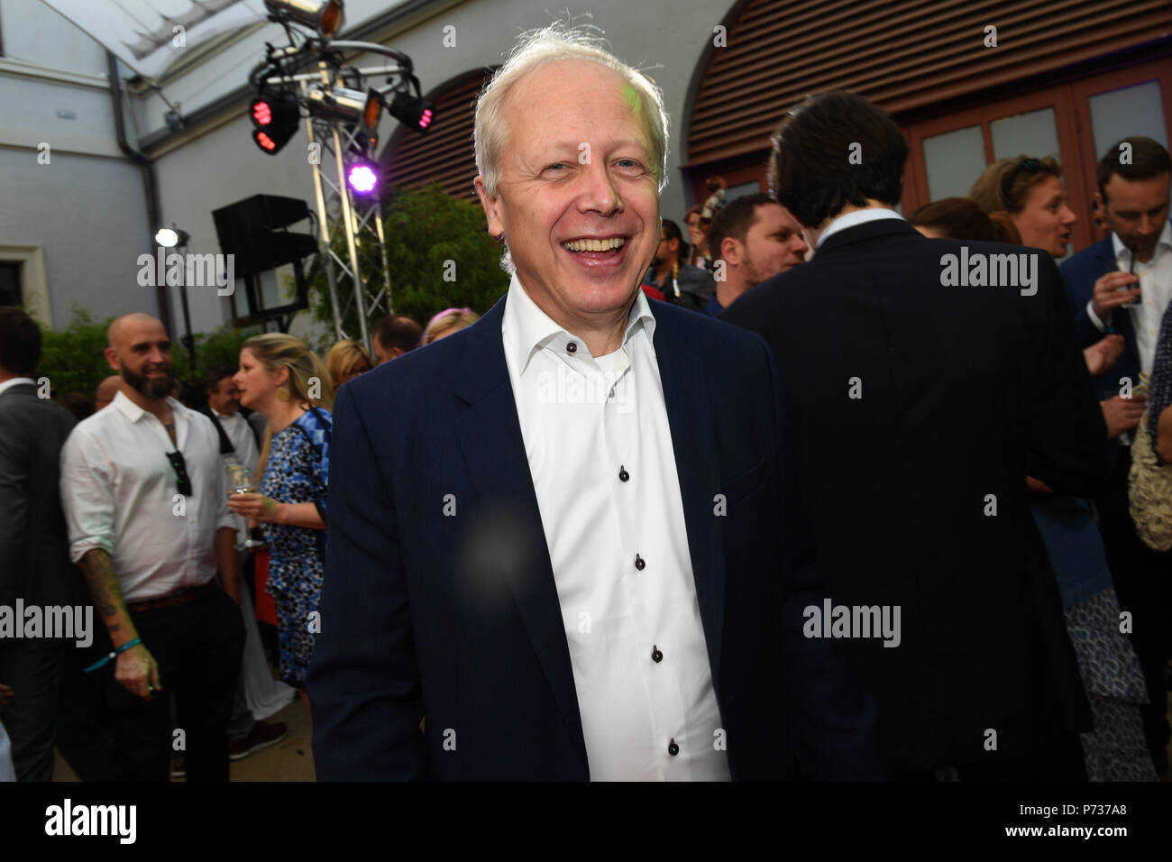 03 July 2018, Germany, Munich: Journalist Tom Buhrow attends the Bavaria Film reception at the Kuenstlerhaus, an event hosted on occasion of the Film Festival Munich. Photo: Felix Hörhager/dpa - Stock Image