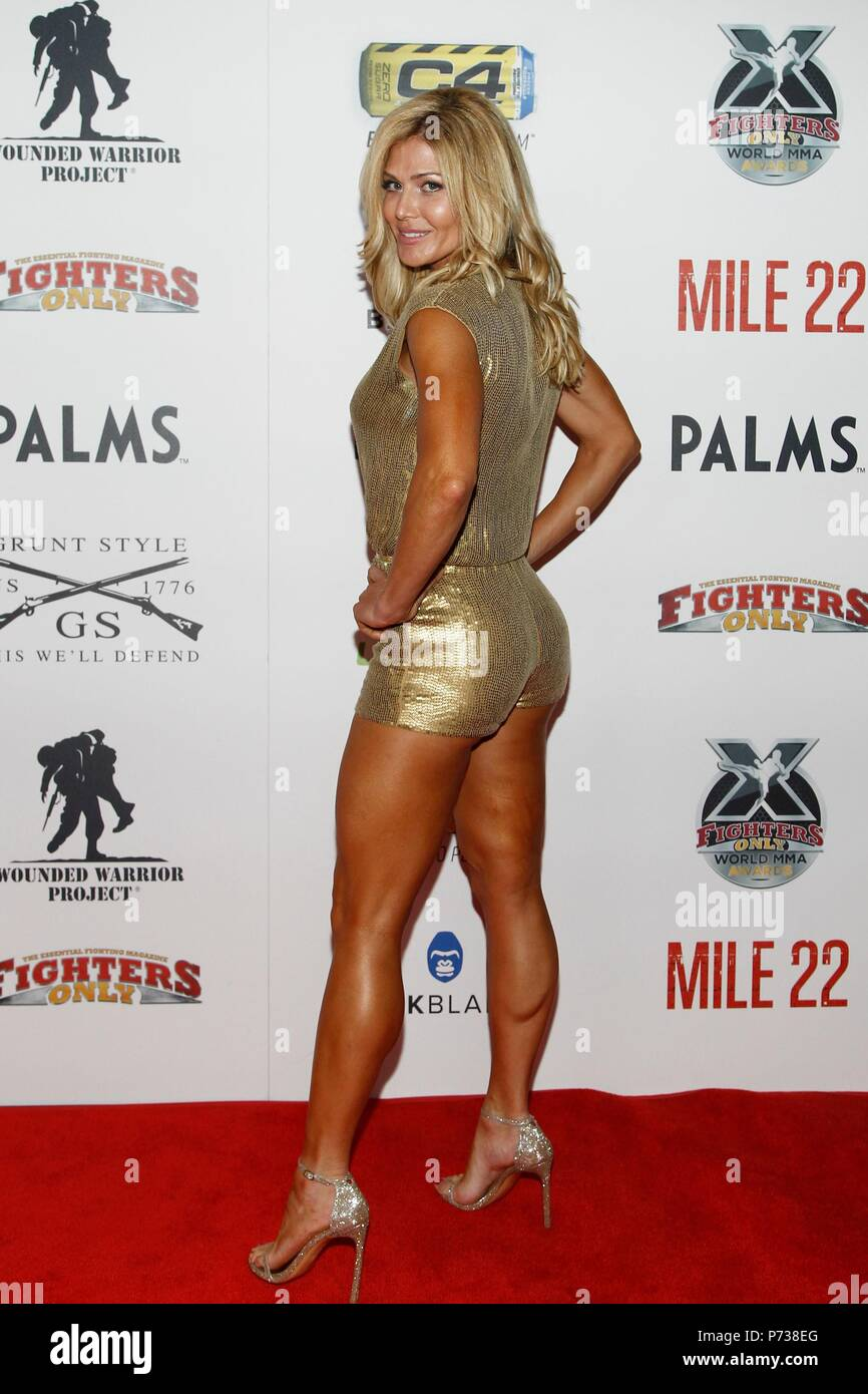 Torrie Wilson High Resolution Stock Photography and Images - Alamy