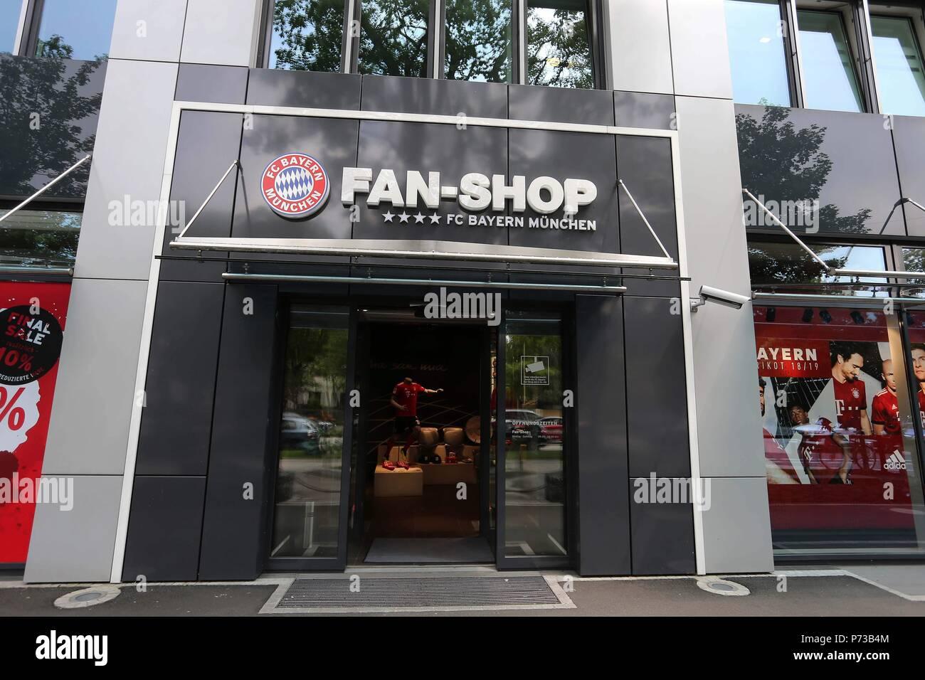 detailed look 071ee b9572 firo: 04.07.2018, Fuvuball, 1.Bundesliga, season 2018/2019 ...