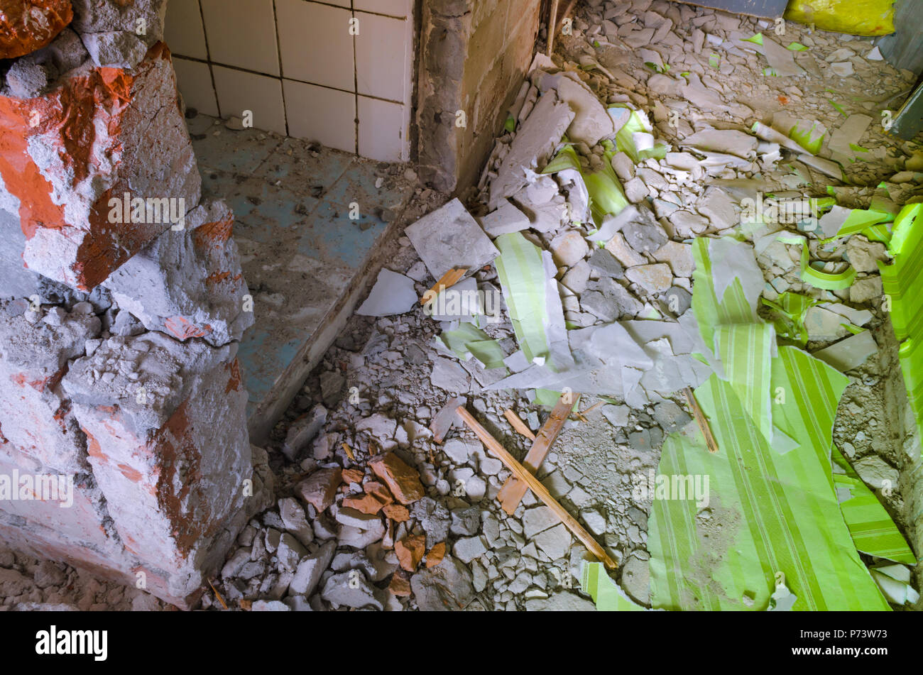 Messy interior of a house under overhaul and reconstruction. - Stock Image
