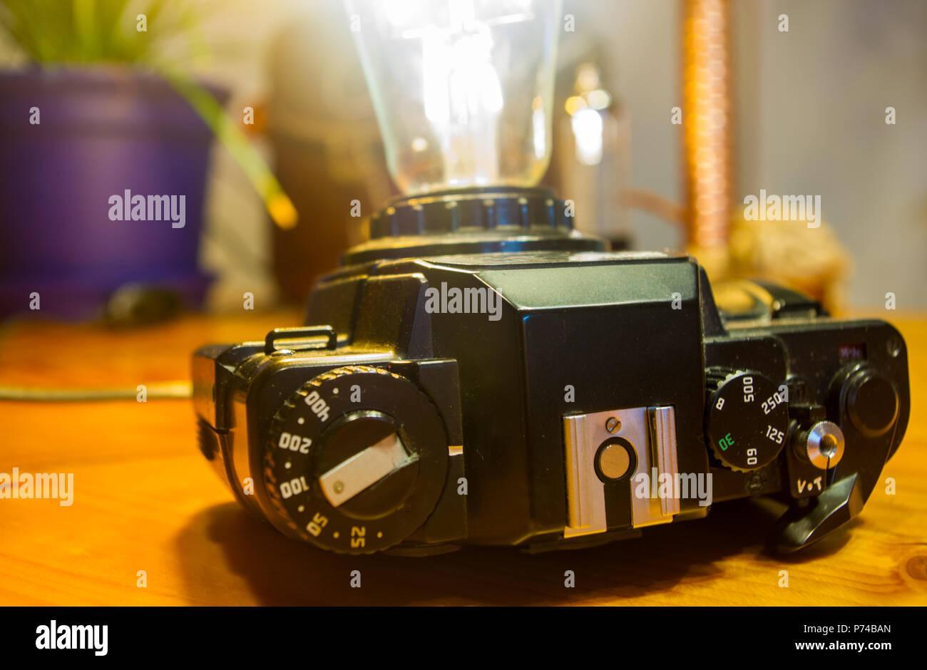 Retro Lampen Led : Light fixture handmade in vintage style retro film slr camera case