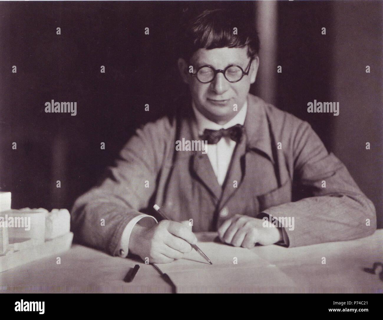 Hans Poelzig, 1927 . 1927 135 Hans Poelzig, 1927 Stock Photo