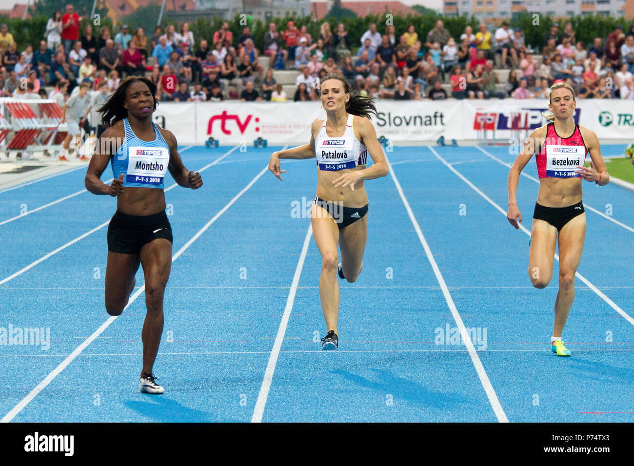 Women's 400 metre run at the P-T-S athletics meeting in the sports site of x-bionic sphere® in Šamorín, Slovakia - Stock Image