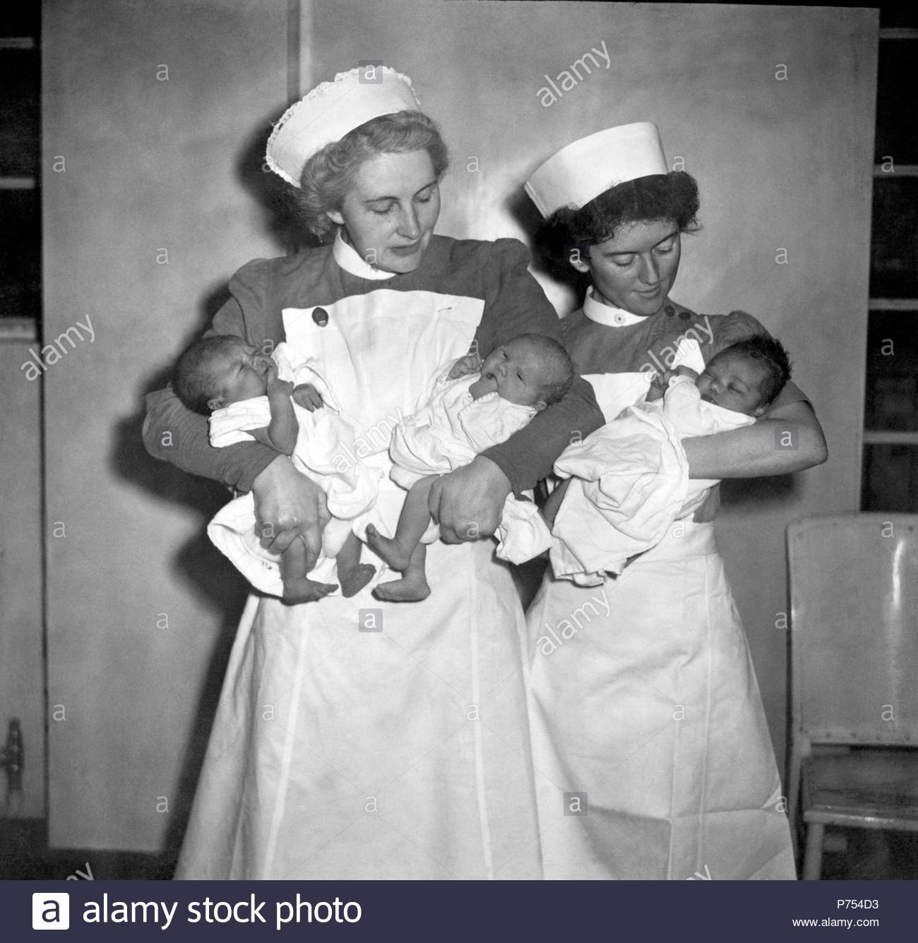 File photo dated 05/07/48 of the first babies to be born under the then new National Health Service (NHS). - Stock Image