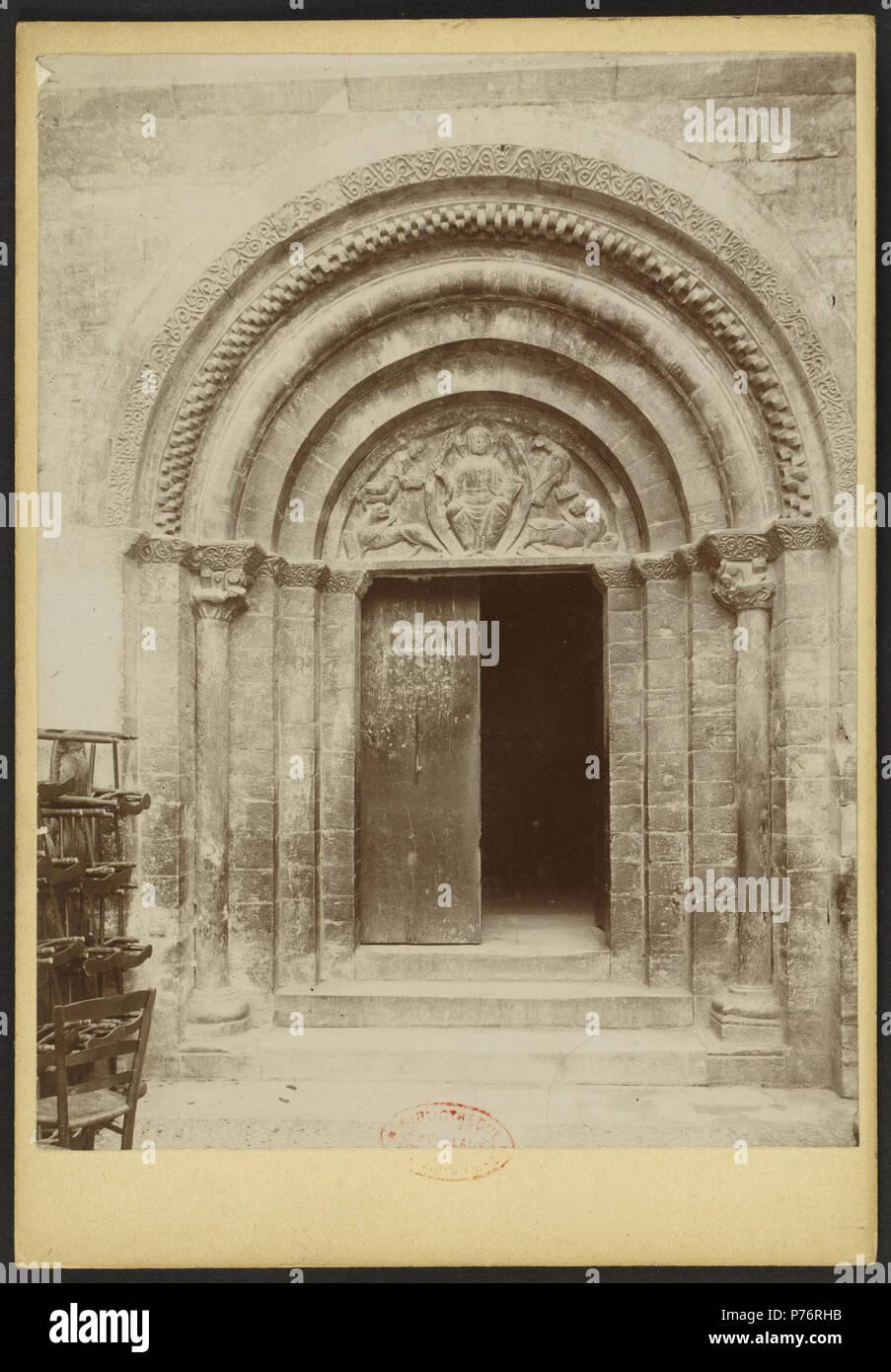 232 Église des Templiers de Luz-Saint-Sauveur - J-A Brutails - Université Bordeaux Montaigne - 1454 - Stock Image