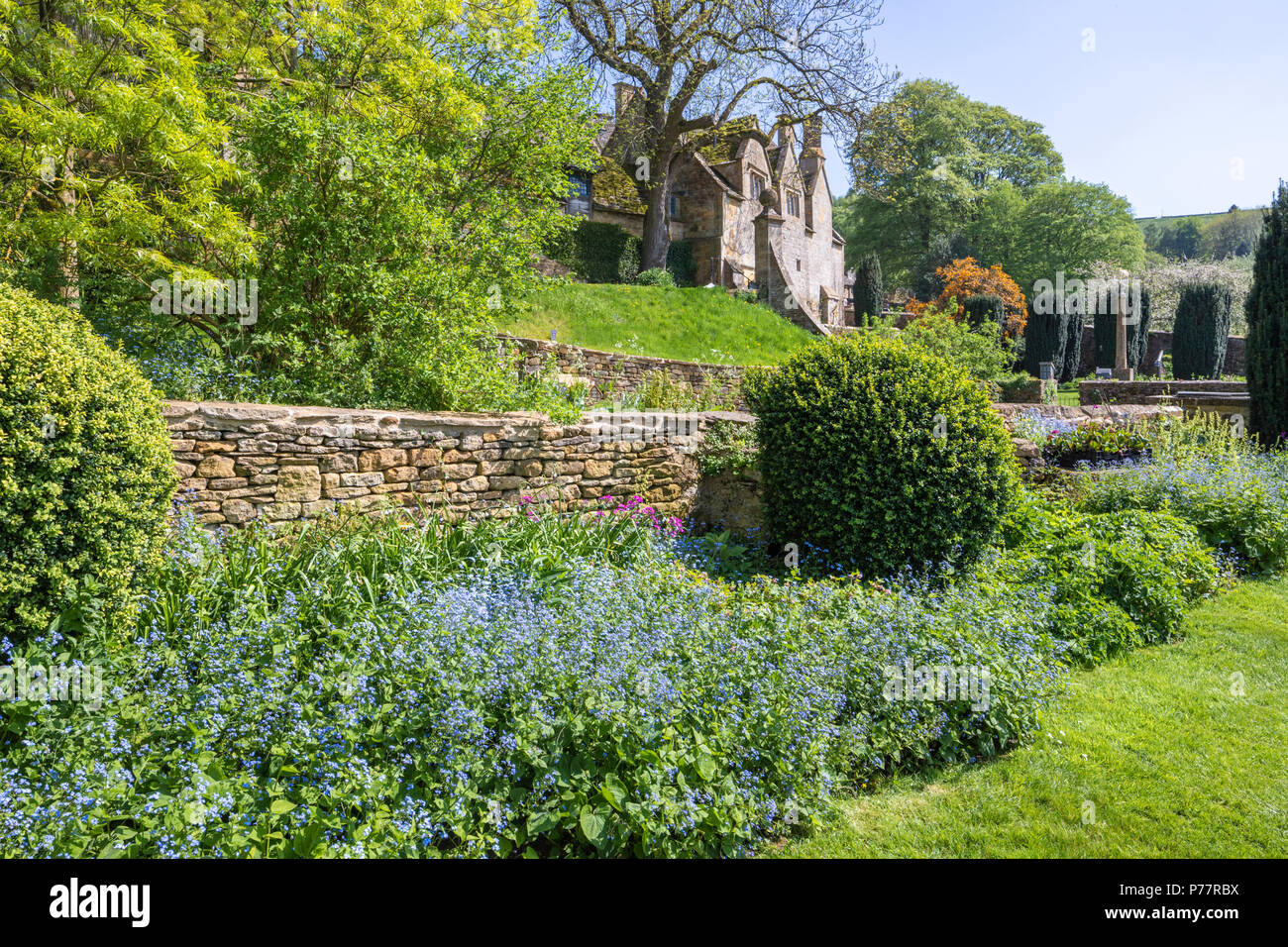 The gardens at Snowshill Manor in the Cotswold village of Snowshill, Gloucestershire UK Stock Photo