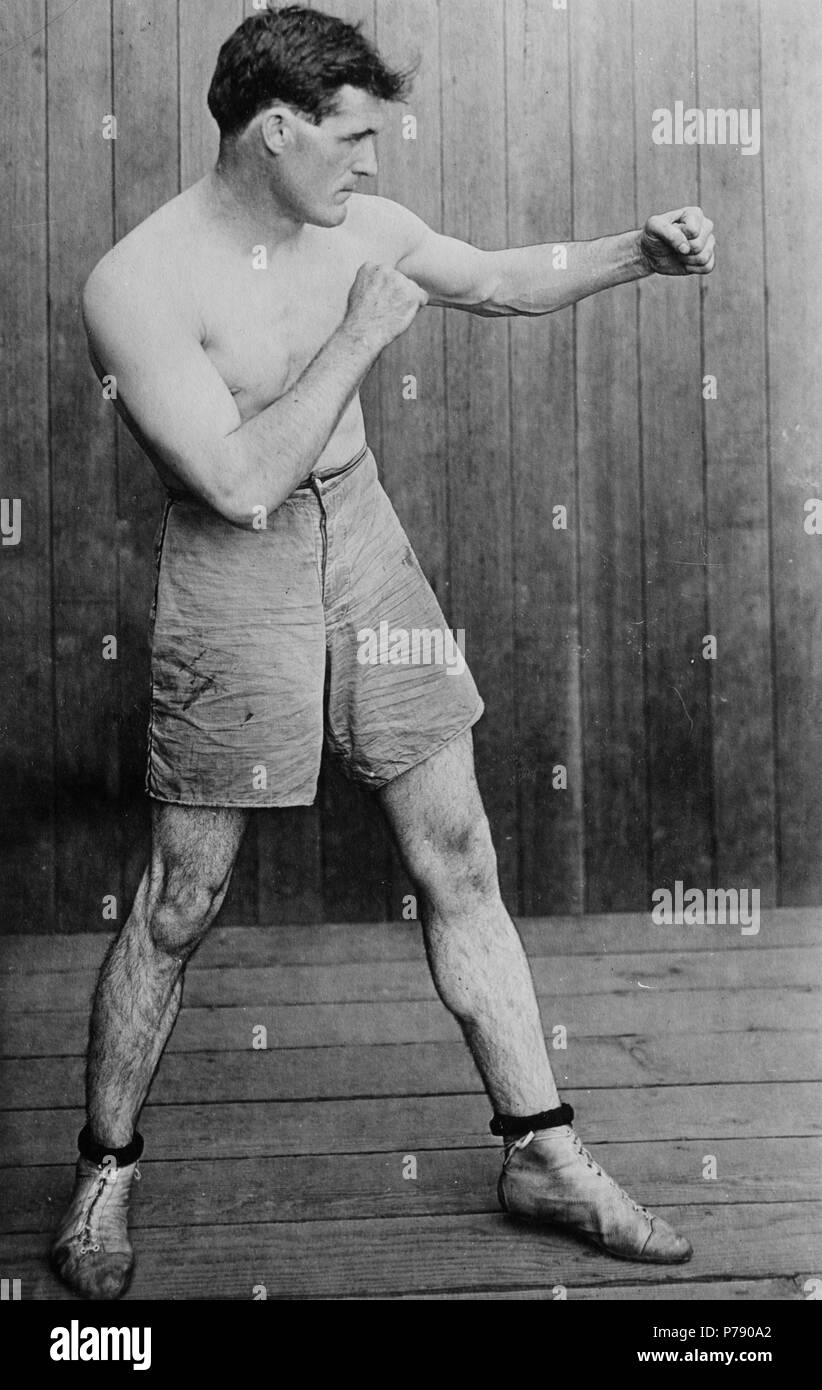 Dan A  Sullivan in boxing pose Stock Photo: 211024858 - Alamy