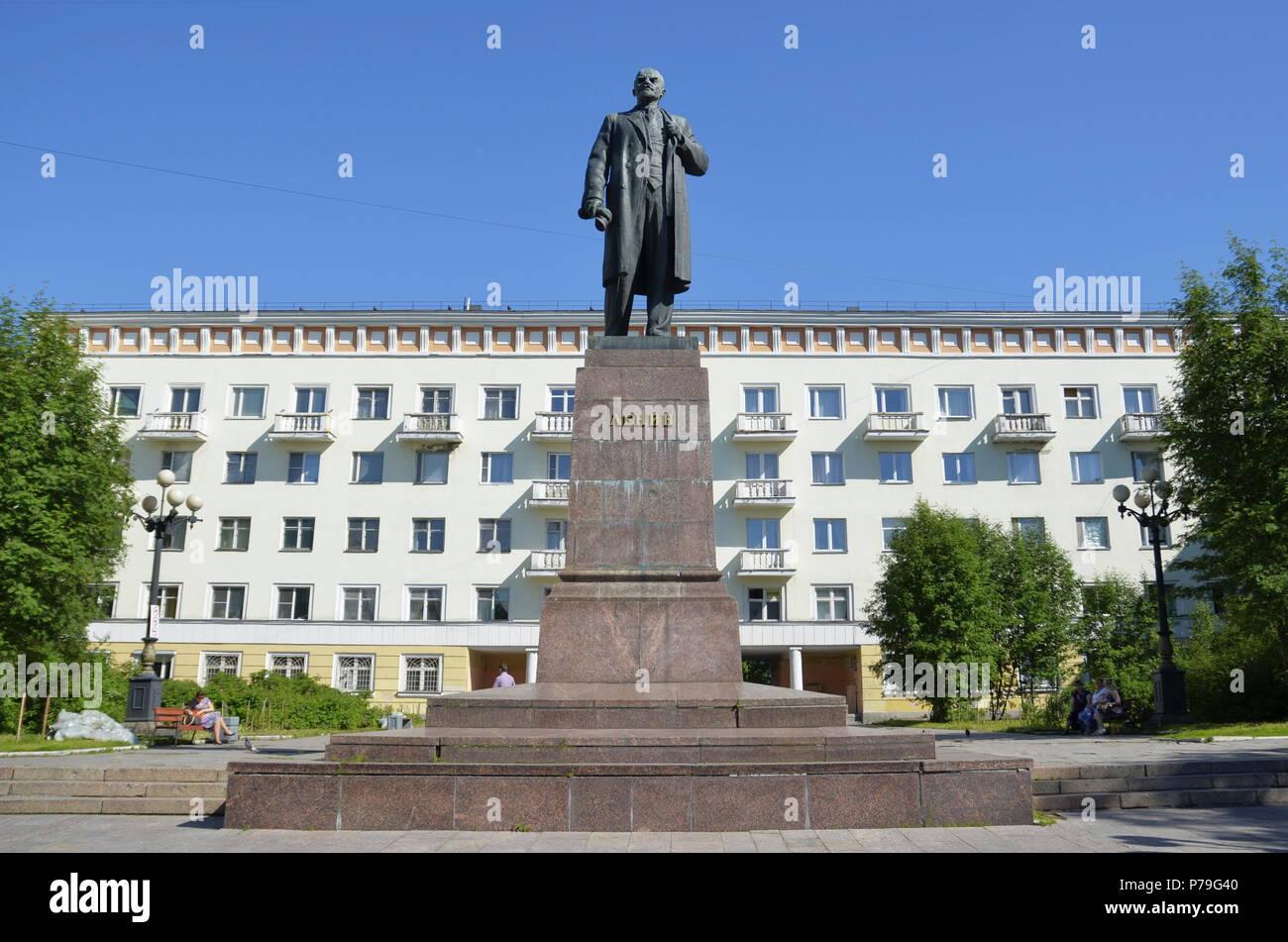 Lenin Statue in Murmansk, Russia - Stock Image