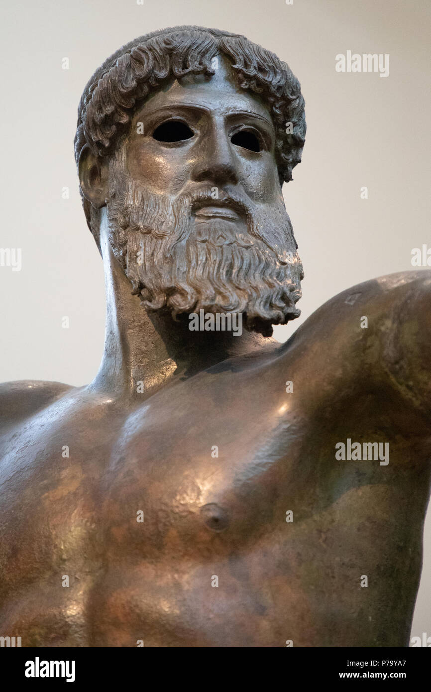 Bronze Statue Of Zeus Or Poseidon Found Sea Of Cape Artemision Northern Euboea Greek God Statue In Severe Style From The Classical Period 460 Bc Stock Photo Alamy