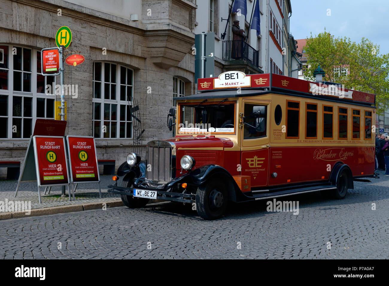 Alter Bus Fuer Stadtrundfahrten Weimar Thueringen Deutschland