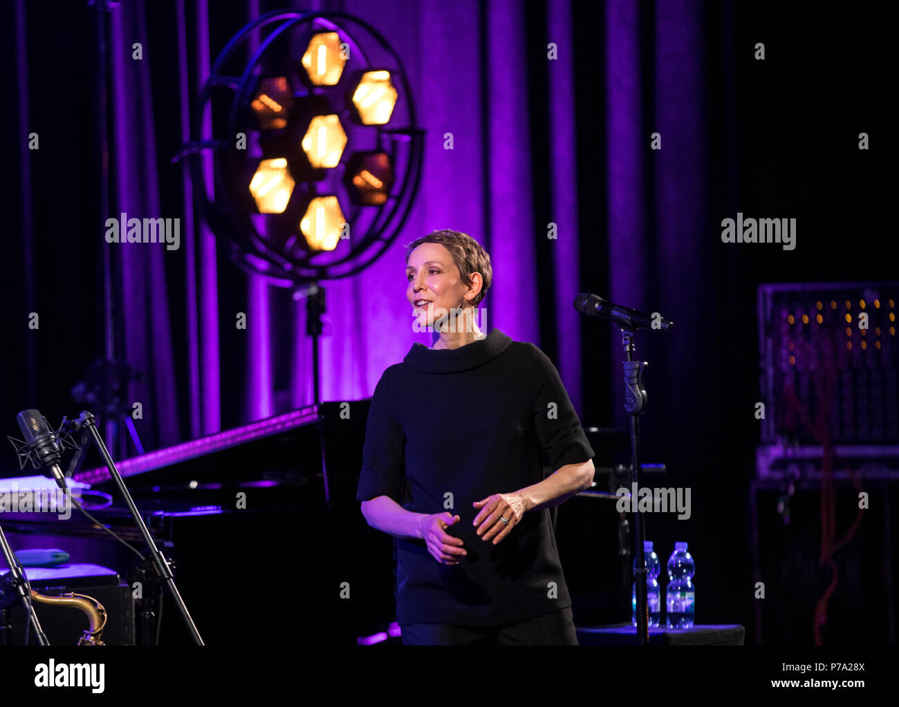 Cracow, Poland - April 26, 2018: The performance of the American jazz vocalist Stacey Kent with her accompanying quartet on the Kijów.Centre stage in - Stock Image
