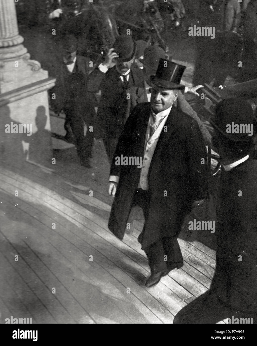 One of the last photographs of the late President McKinley. Taken as he was ascending the steps of the Temple of Music, September 6, 1901. - Stock Image