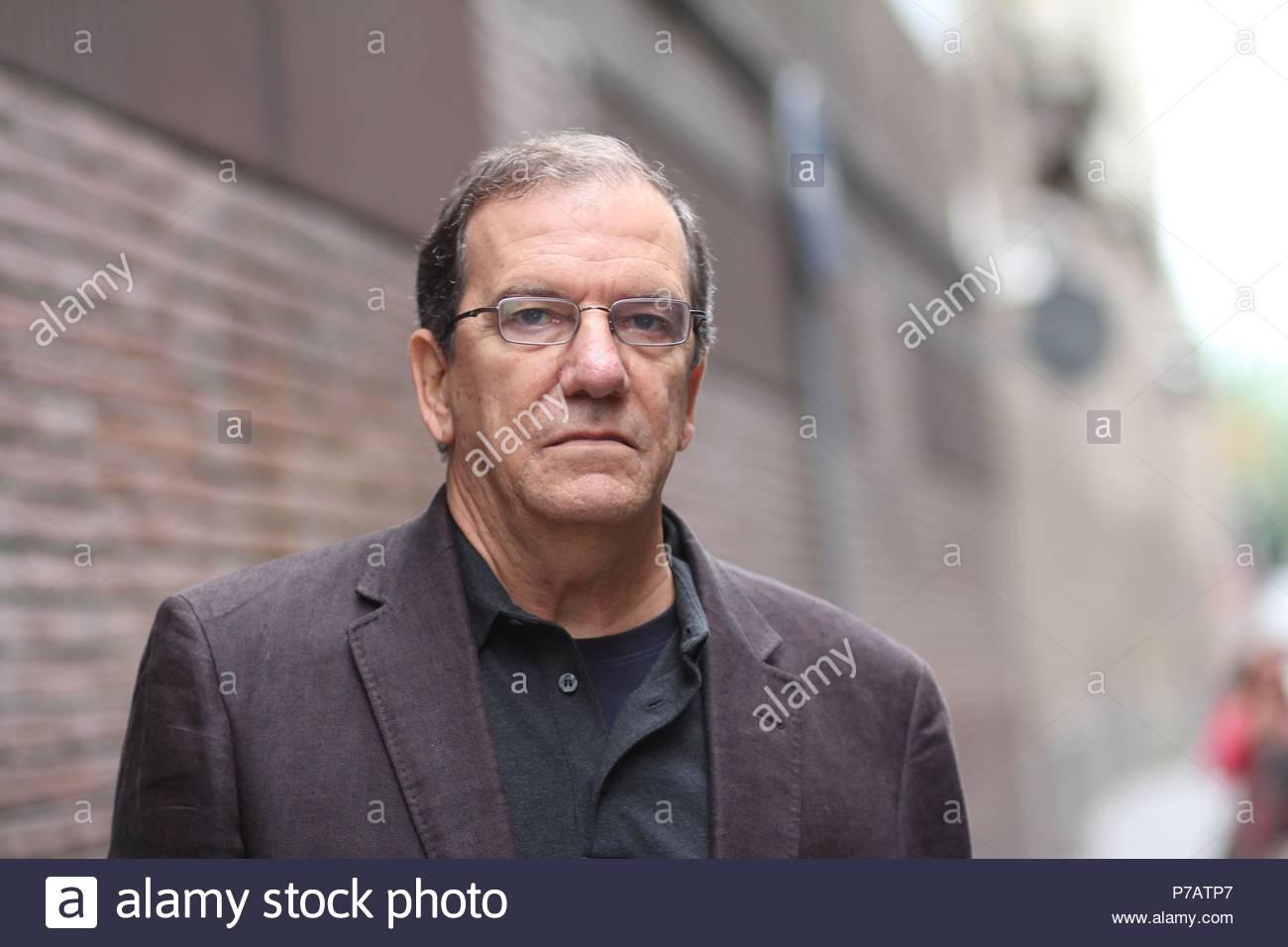 Juan Abreu (La Habana, 1952) es un escritor, artista plástico y columnista desde 1990 de diversos diaros cubanos. Hoy en día se encuentra trabajando en Estados Unidos y Barcelona. - Stock Image