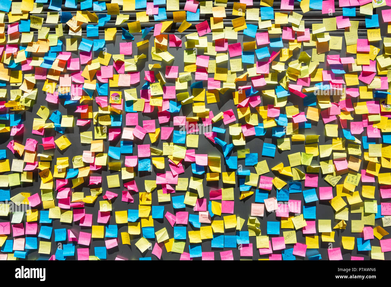Wall covered in post-it notes (abortion referendum support), Temple Bar, Dublin, Leinster Province, Republic of Ireland - Stock Image