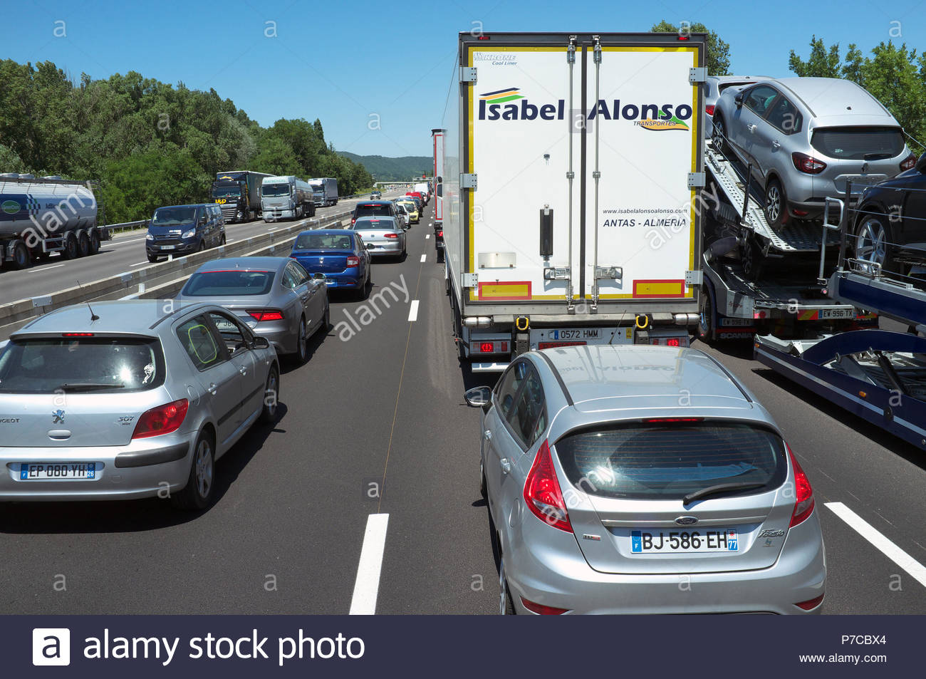 Heavy traffic congestion on the A7 autoroute (north), near Montélimar in southern France. - Stock Image