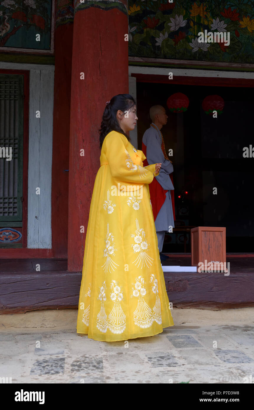 babb54968 Korean woman working as a tour guide in traditional costume dress at the  Pohyon-sa
