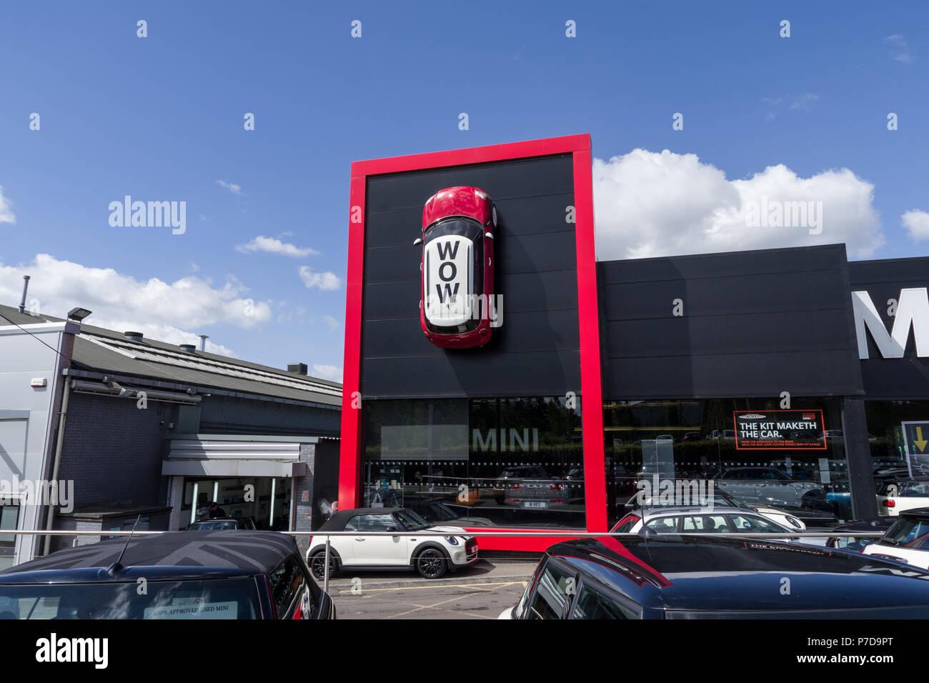 Car Dealers Stock Photos Amp Car Dealers Stock Images Alamy