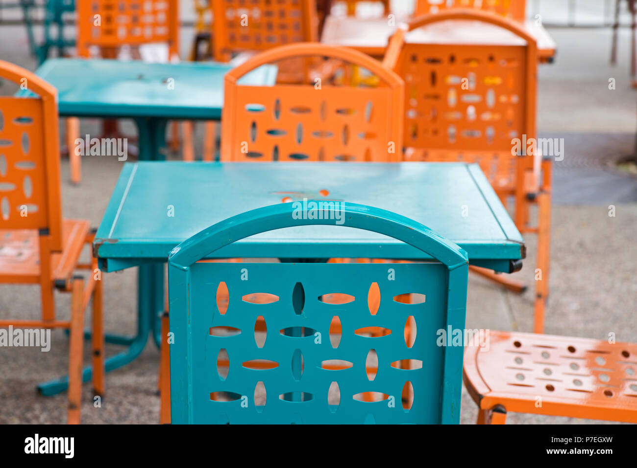 Commercial Outdoor Colorful Dining Furniture Restaurant Metal Patio