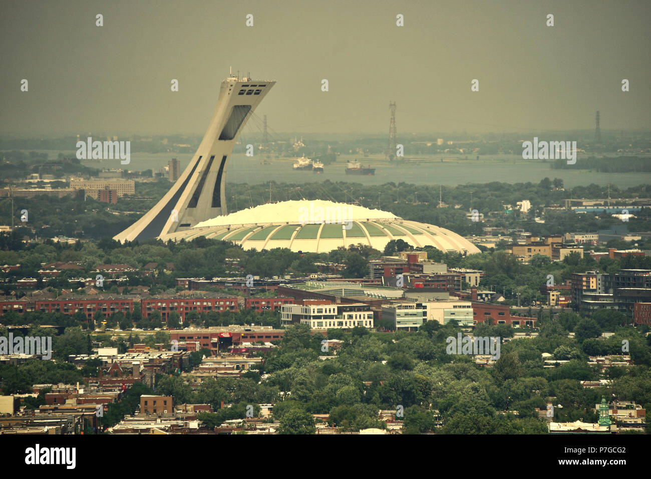 Montreal, Canada, July 5, 2018.View of the Olympic stadium during a heat wave in the city.Credit Mario Beauregard/Alamy Live News - Stock Image