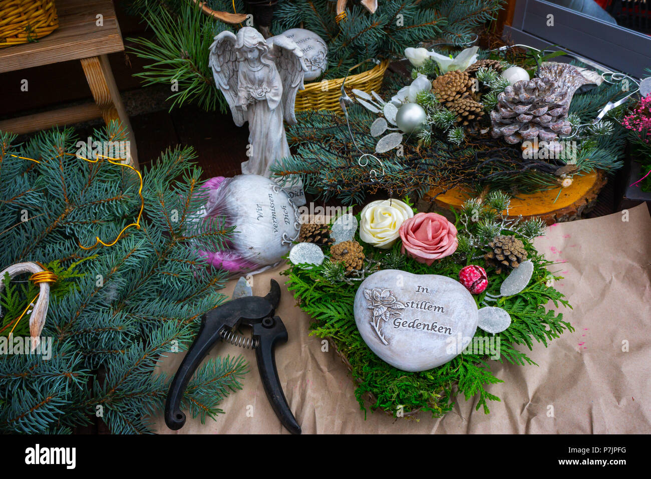 Grave floristry, Grave decoration make yourself, grave arrangement - Stock Image