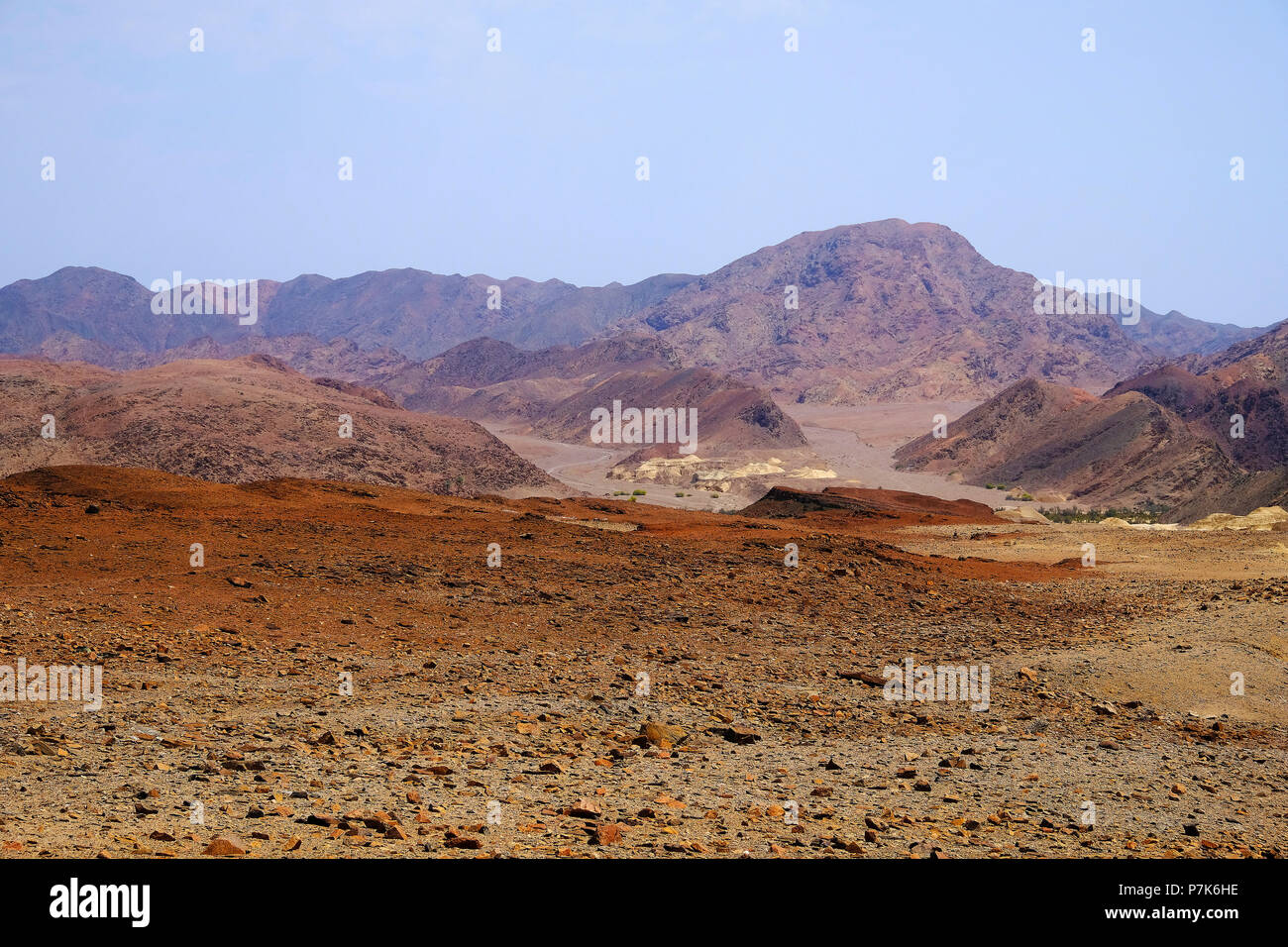 Rocky mountain landscape with marlstones deposits on the Hoarusib River - Stock Image