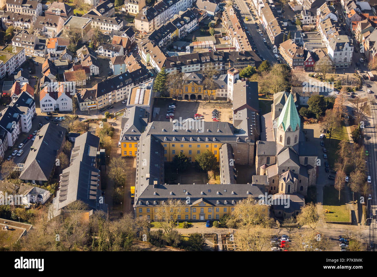 Folkwang University of the Arts, Folkwang Library, Folkwang Dance Studio, Pina Bausch Theater next to the Basilica of St. Ludgerus Essen-Werden in Essen, Ruhrgebiet, North Rhine-Westphalia, Germany - Stock Image