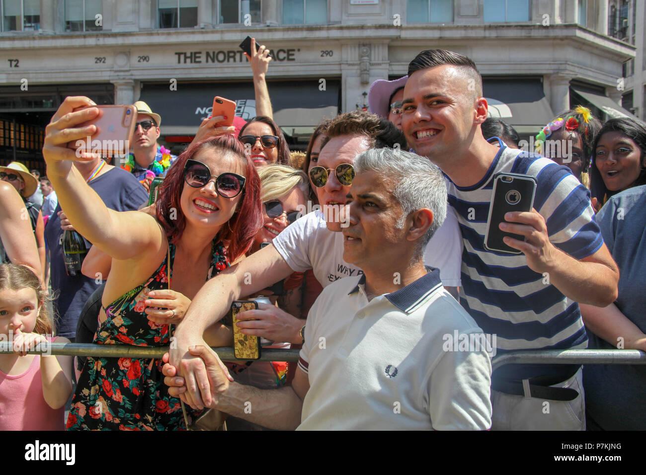 London, UK. 7th July 2018. Sadiq Khan at London Pride Credit: Alex Cavendish/Alamy Live News - Stock Image