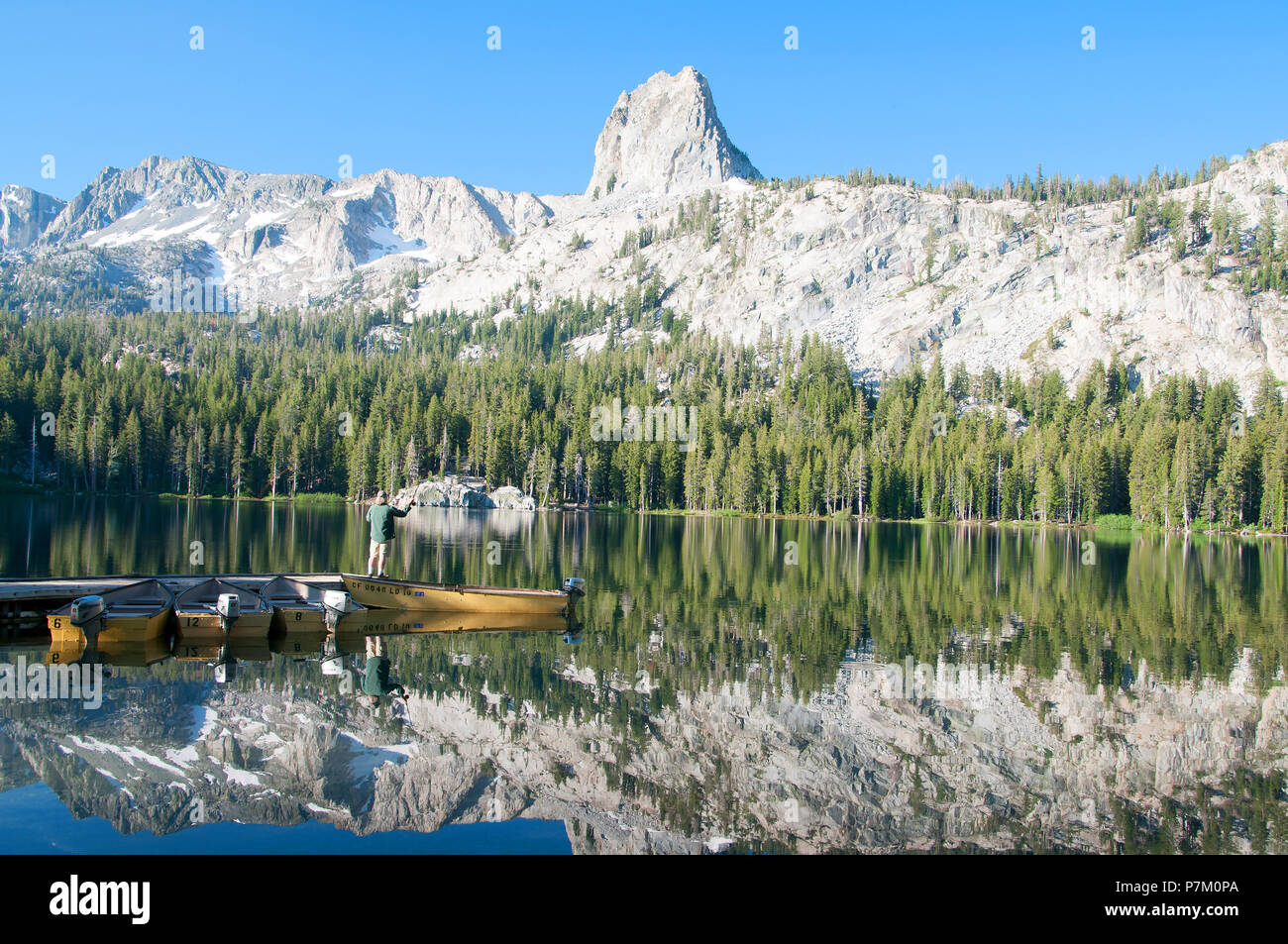 Gorgeous George Lake in the Mammoth Lakes Basin, California offers