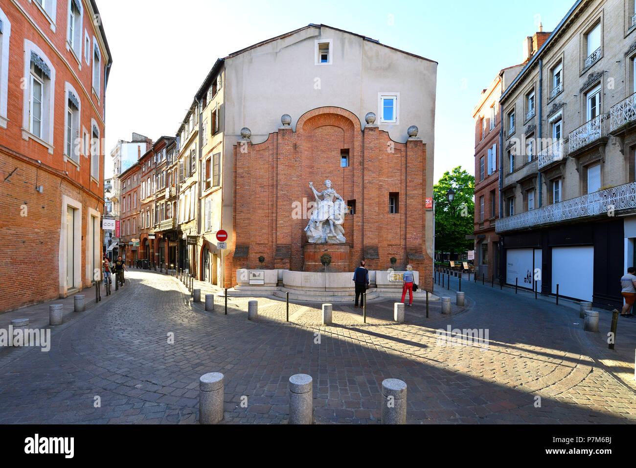 France, Haute Garonne, Toulouse, Saint Georges square, Boulbonne fountain - Stock Image