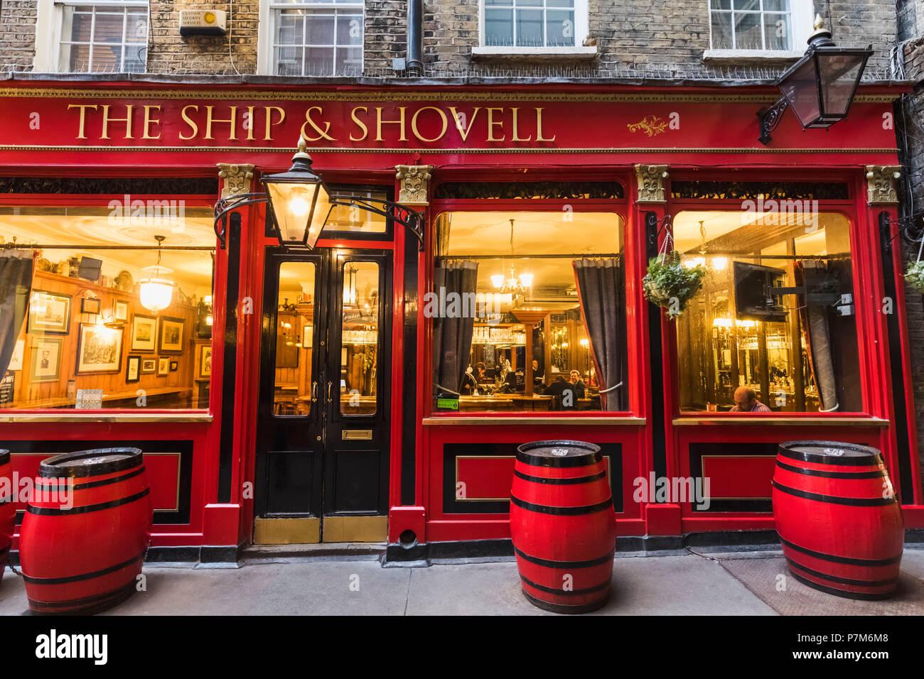 England, London, Embankment, The Ship and Shovell Pub - Stock Image