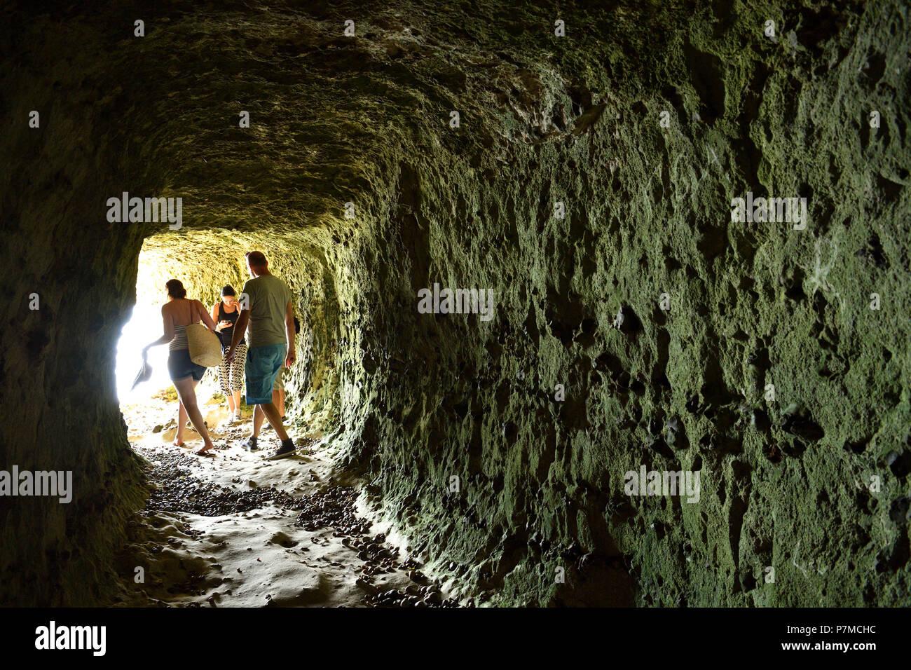 France, Seine Maritime, Caux, Alabaster Coast, Etretat, the Aval cliff, cave - Stock Image