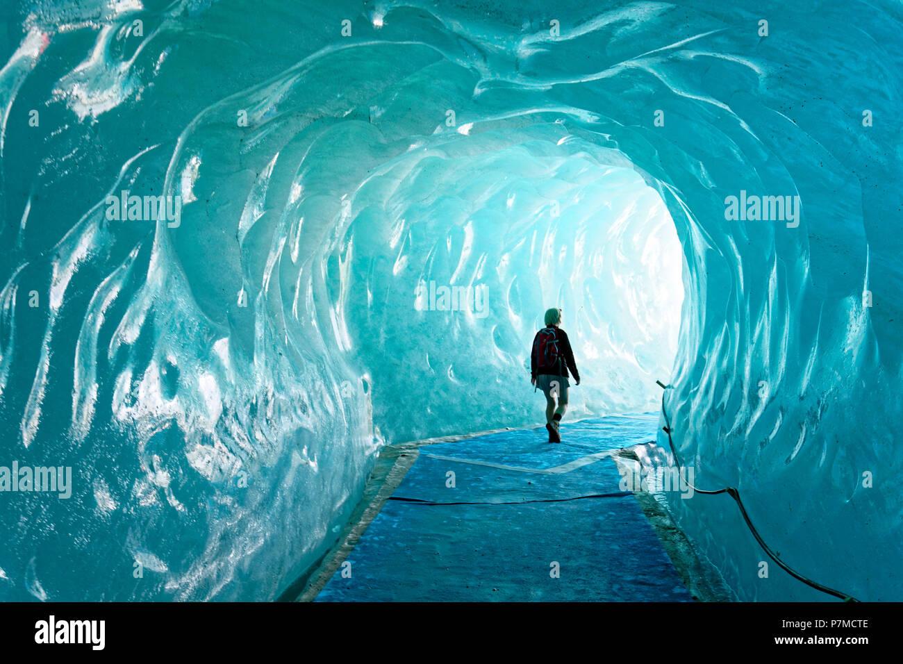 France, Haute Savoie, Chamonix Mont Blanc, Montenvers, cave of the Mer de Glace glacier - Stock Image
