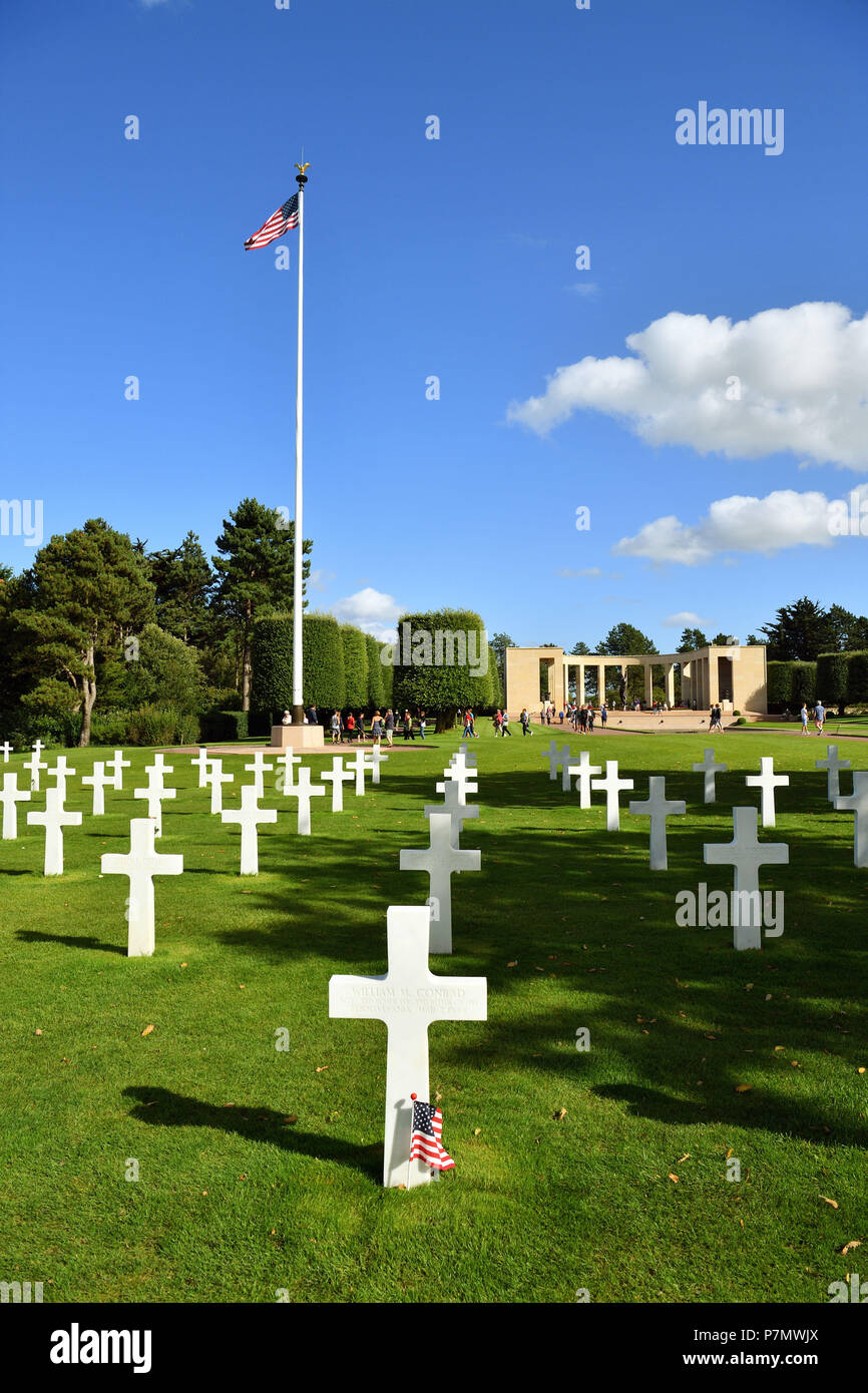 France, Calvados, Omaha Beach, Colleville sur Mer, Normandy American cemetery, white marble crosses Stock Photo