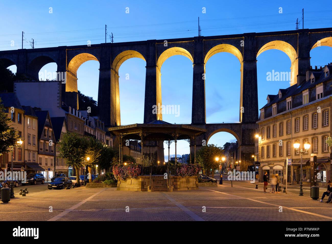 France, Finistere, Morlaix, place des Otages, viaduct - Stock Image